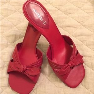 Michelle d size 7 red